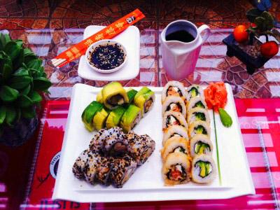40 piezas de sushi en Maldito Sushi Centenario, Las Condes