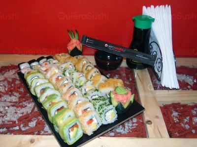 48 piezas de sushi en Sempai Sushi, La Reina