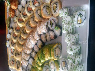 73 piezas de sushi en Now Sushi, La Florida