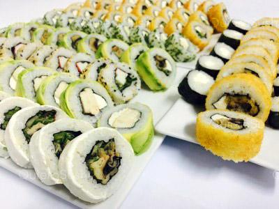 100 piezas de sushi en Mary's Sushi Rolls, La Florida
