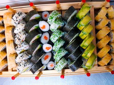 90 piezas de sushi en Truijillano Sushi Delivery, Santiago Centro