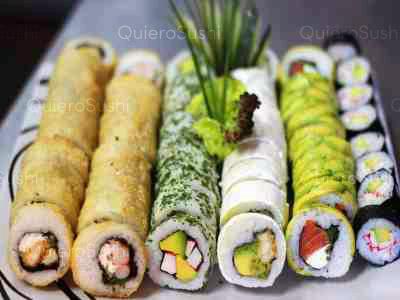 68 piezas de sushi en Sushi Express, Santiago Centro