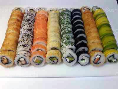 80 piezas de sushi en SUSHI ROLLS LIAM, Ñuñoa