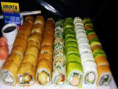 72 piezas de sushi en Hayato Sushi, Santiago Centro