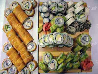 100 piezas de sushi en Mary´s Sushi Rolls Nuñoa, Ñuñoa
