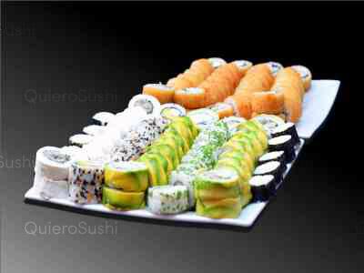 100 piezas de sushi en Murano Sushi , Ñuñoa