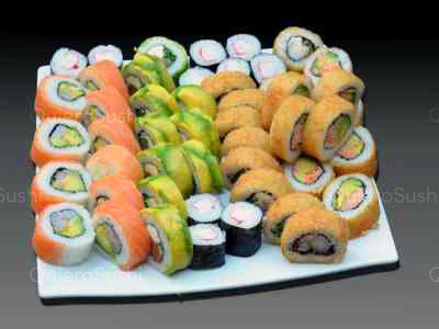 60 piezas de sushi en Mary´s Sushi Rolls Nuñoa, Ñuñoa