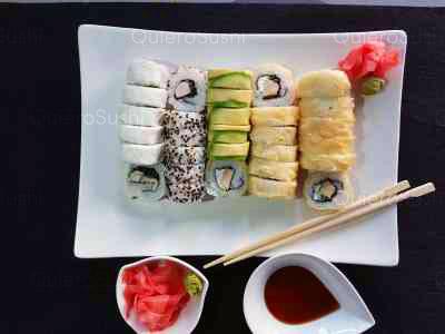 60 piezas de sushi en Okane Sakin Sushi, Providencia