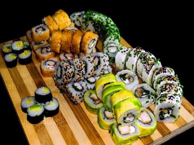 70 piezas de sushi en Hi! Sushi, Santiago Centro