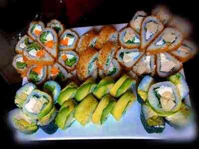50 piezas de sushi en Taimu Sushi, Maipu