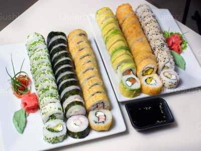 66 piezas de sushi en Sushi Rolls Liam, Providencia
