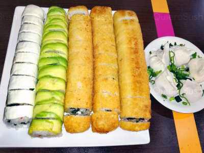 54 piezas de sushi en Hayato Sushi, Santiago Centro