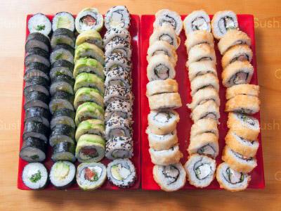 70 piezas de sushi en Yokomo Sushi, Providencia