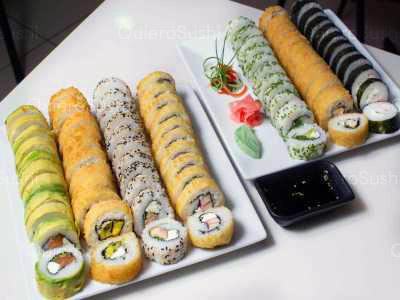 77 piezas de sushi en Sushi Rolls Liam, Ñuñoa