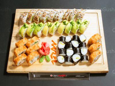 45 piezas de sushi en Sushi Sunday Delivery, Macul