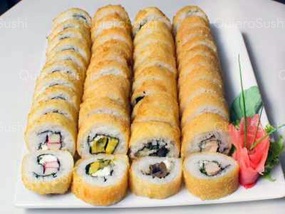 44 piezas de sushi en Sushi Rolls Liam, Providencia
