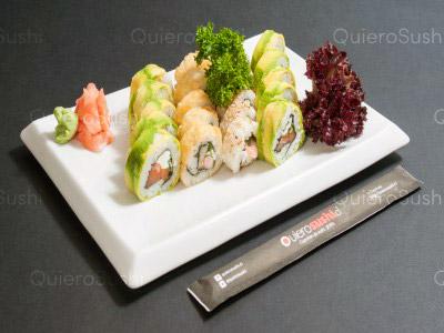 20 piezas de sushi en Yamato Sushi, Providencia